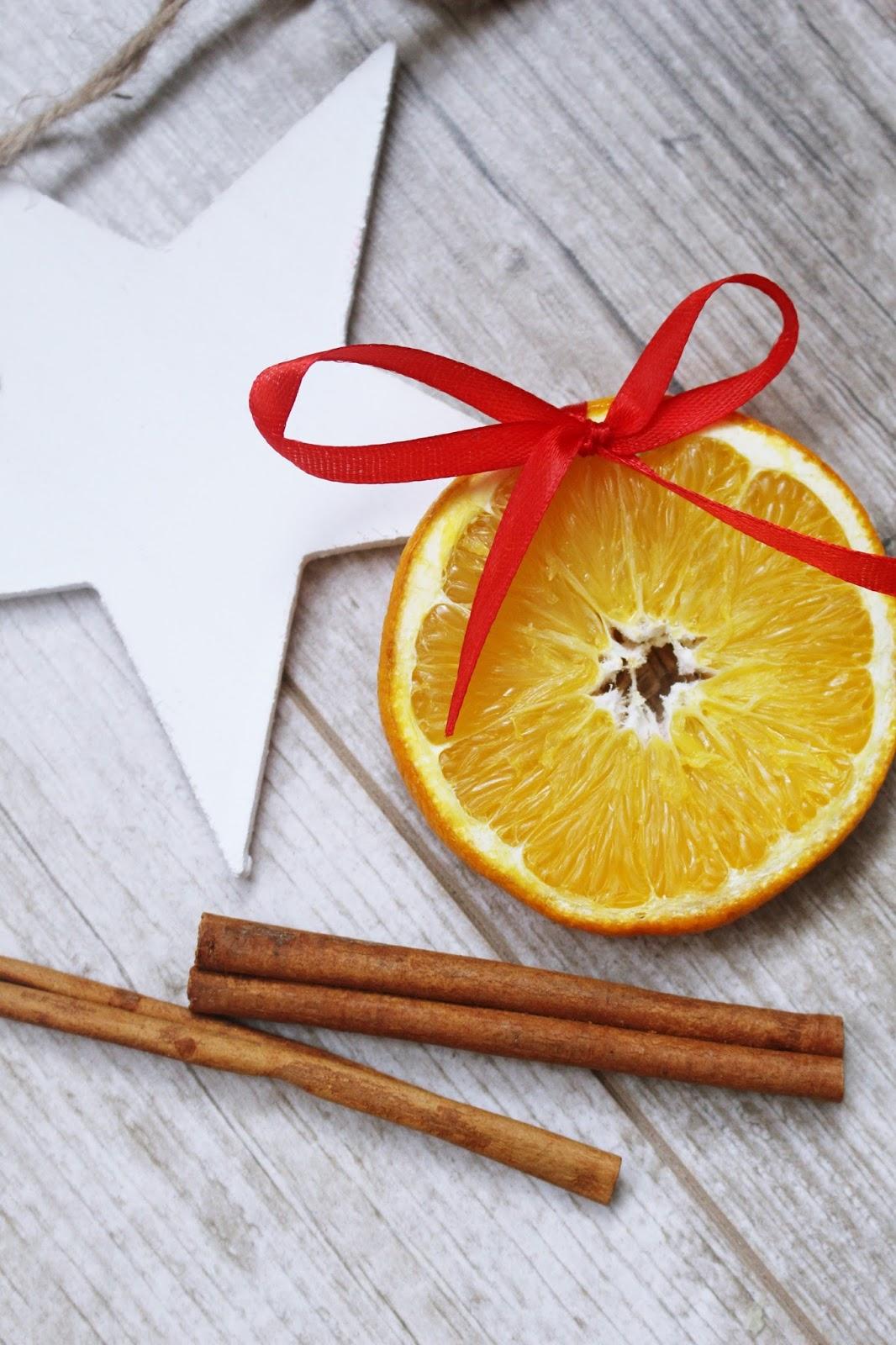 ozdoby z pomarańczy na choinkę