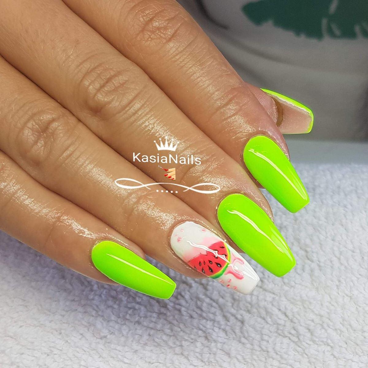 paznokcie na lato