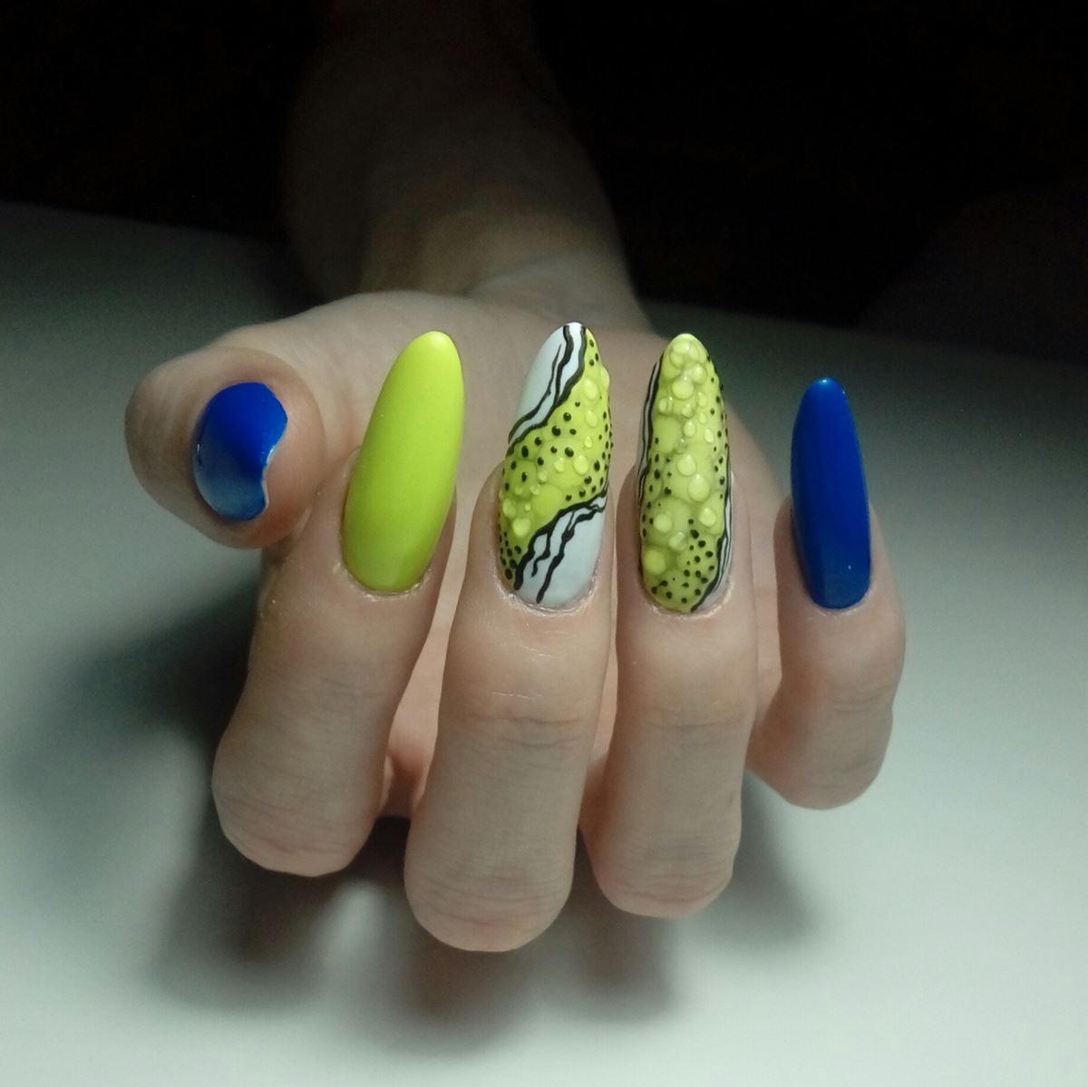 paznokcie zółte