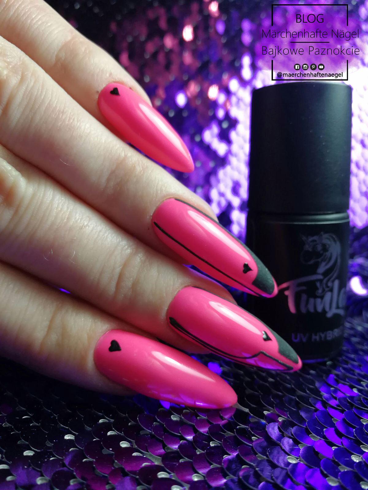 różowe neonowe paznokcie zdjęcia