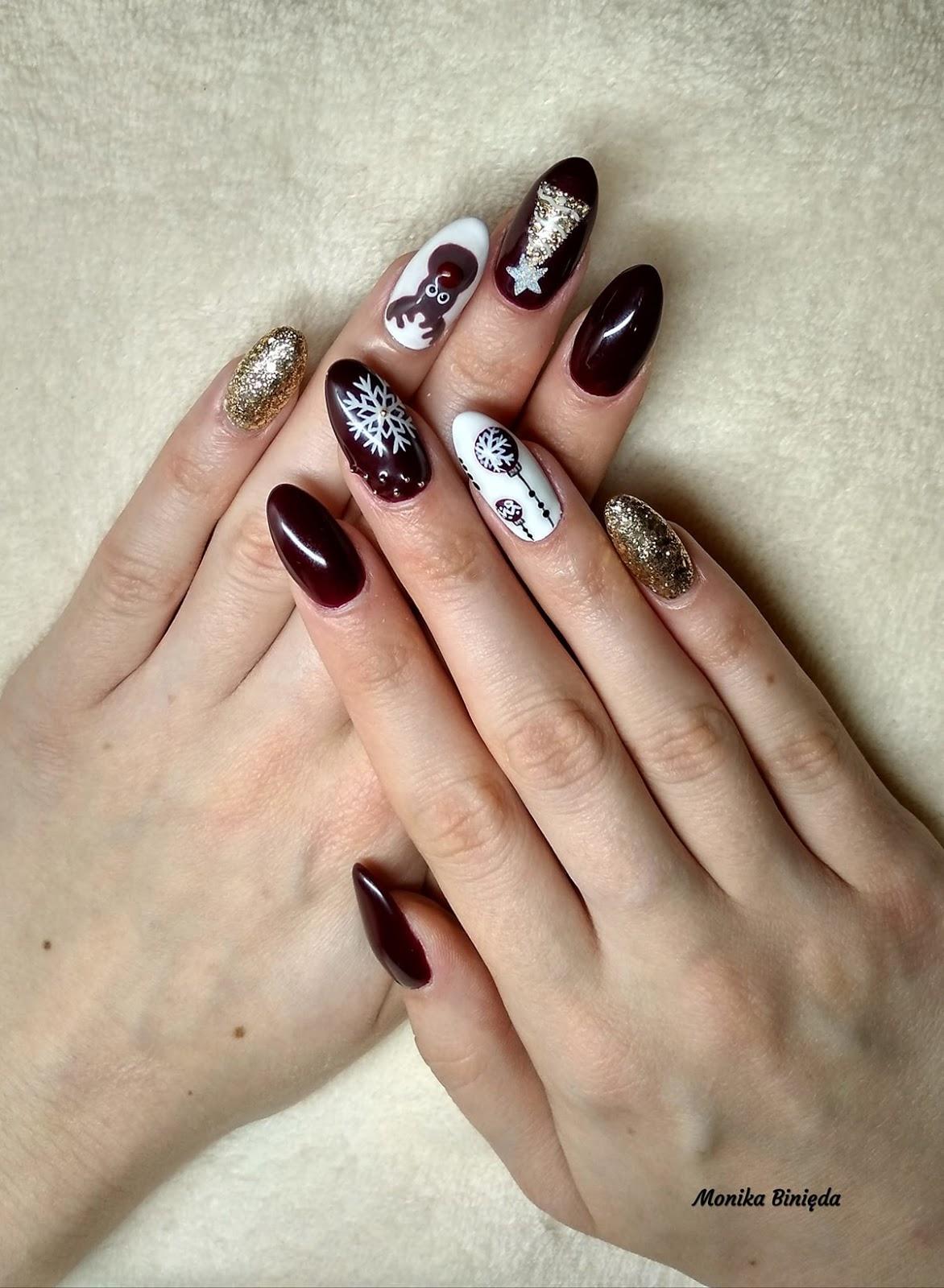 paznokcie z świątecznymi wzorkami