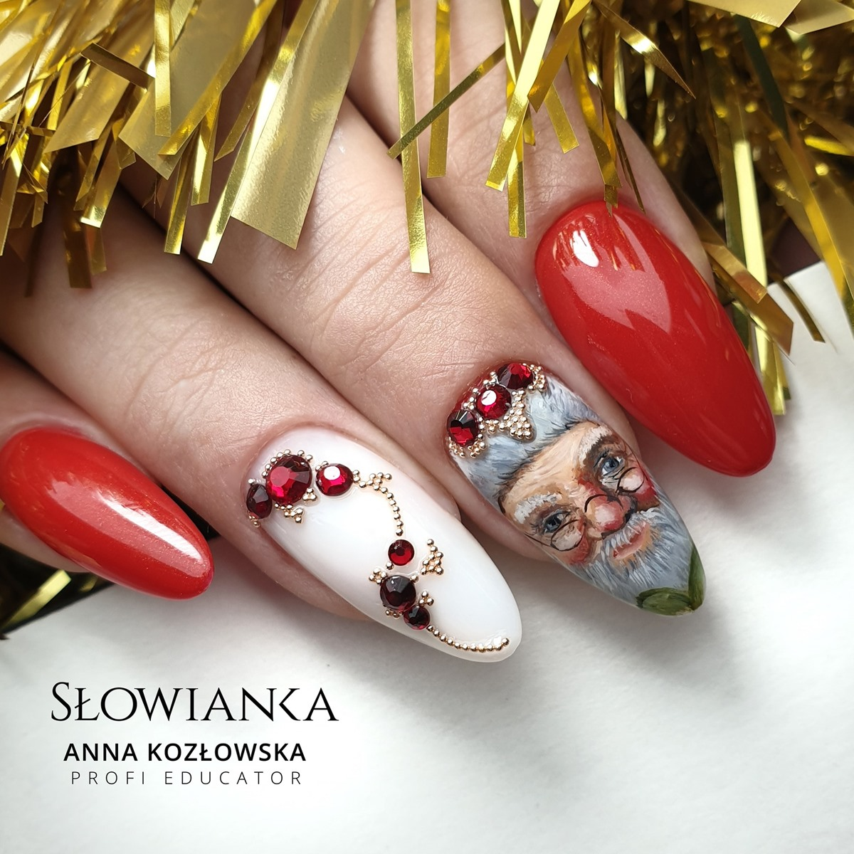 zdobienia świąteczne na paznokciach