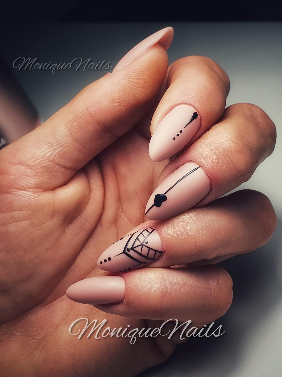 matowe paznokcie hybrydowe