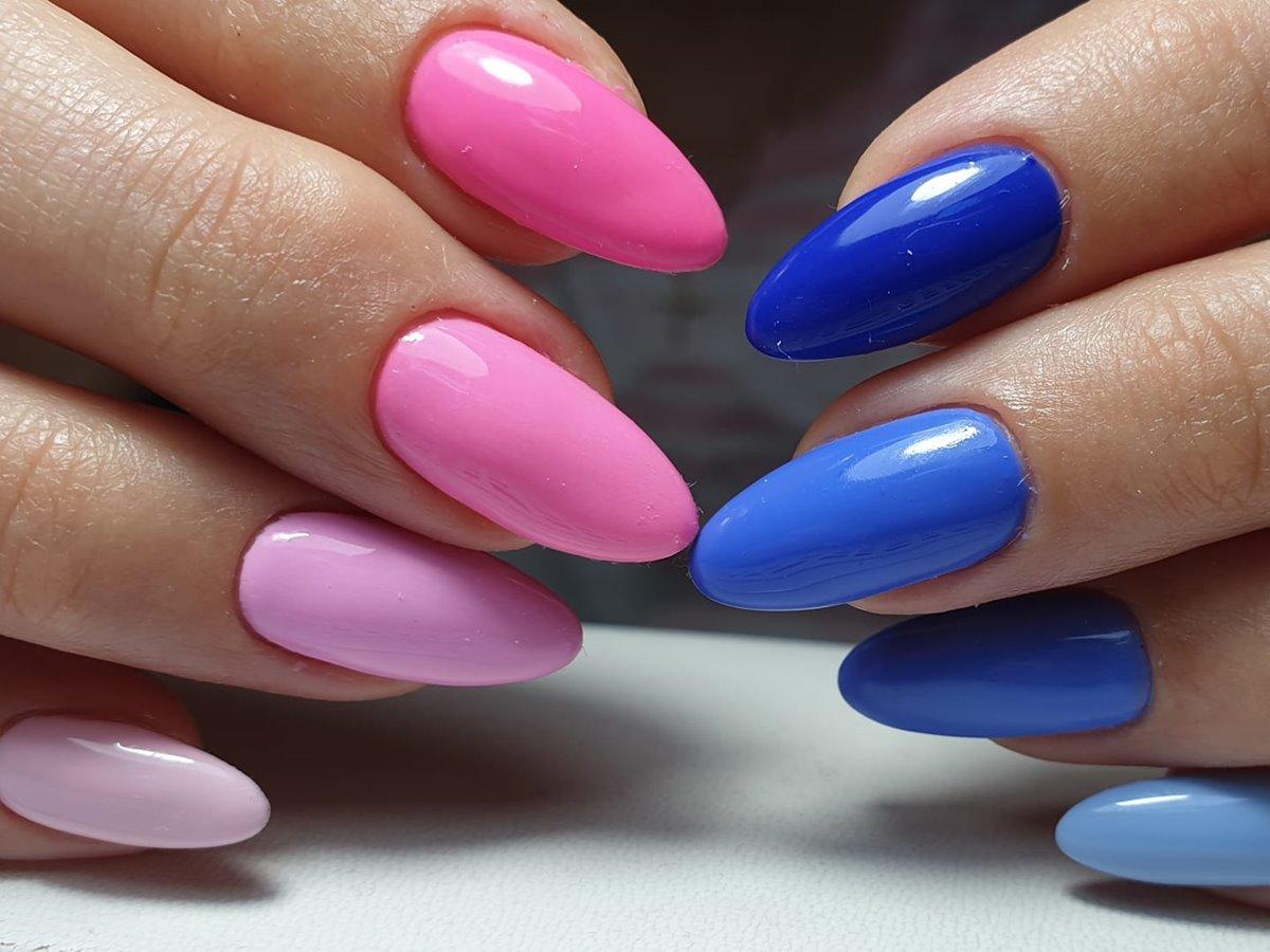 paznokcie w różnych kolorach