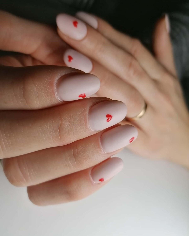 pomysły na paznokcie walentynkowe